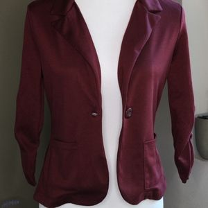 Maroon Ruched Sleeved Soft Blazer